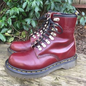 VTG Dr Martens Tunnel Eye MIE Combat Boots RARE